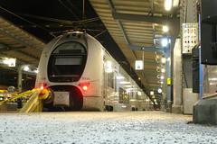 SJ X40 3334, Gteborg C (Howard_Pulling) Tags: night train canon gteborg nightshot sweden gothenburg rail railway swedish sj emu sverige railways centralstation x40 g9 3334 tarins coradia coradiaduplex classx40 dupledeckercarriage