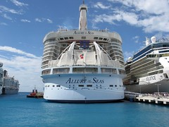 Allure of the Seas (blmiers2) Tags: cruise blue sea white canon ship powershot cruiseship g6 royalcaribbean seas allureoftheseas allure1 cruisingalong blm18 blmiers2