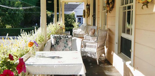 Addison Choate Inn, Front Porch