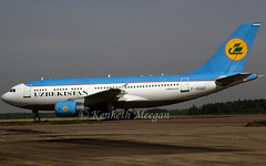 F-OGQZ (Ken Meegan) Tags: moscow airbus uzbekistan a310 576 domodedovo a310300 airbusa310 airbusa310300 a310324 uzbekistanairways airbusa310324 moscowdomodedovo fogqz 2181997