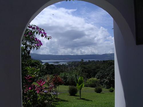 303-villa-side-gate