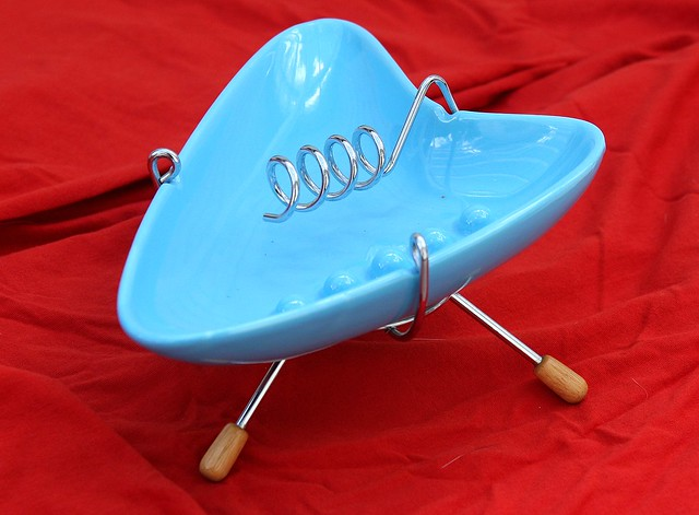 Retro blue ceramic and wire ashtray