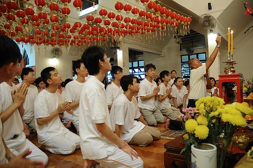 2008 vesak day lighting candle xianjie