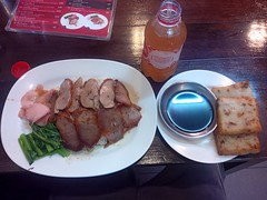 Hong-Kong Food (David Darricau) Tags: food restaurant chinatown bangkok thailand duck soya radish plate drink