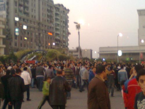 المتظاهرون بميدان ام كلثوم بالمنصوره