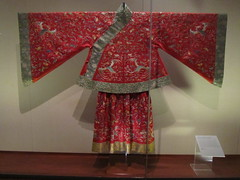 Theatrical Ensemble for a Female Role (unforth) Tags: newyorkcity newyork art thread museum asian clothing embroidery manhattan chinese silk cloth artmuseum 18thcentury uppereastside metropolitanmuseumofart qingdynasty robes