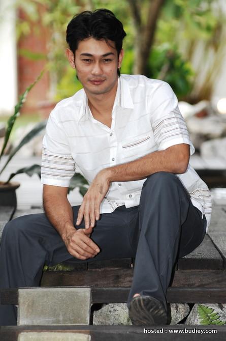 Farid Kamil