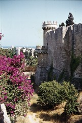 Wall around Rhodes Old Town (Normann) Tags: wall unescoworldheritagesite greece moat oldtown rhodes rhodos