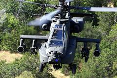 [フリー画像] 乗り物, 航空機, ヘリコプター, AH-64 アパッチ, アメリカ陸軍, 201102162300