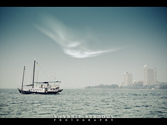 Ethereal  Pattaya (Shabbir Ferdous) Tags: blue sea sky cloud color colour landscape thailand boat photographer shot dream ethereal pattaya bangladeshi travelphoto ef70200mmf28lisusm banglamung shabbirferdous canoneos1dmarkiv wwwshabbirferdouscom shabbirferdouscom