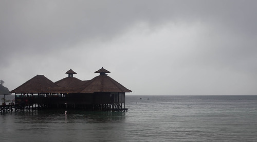 Gayana Resort, grey day