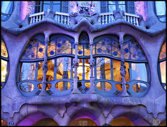 The WINDOW of Batll... (www.klaus-dolle-photographie.com) Tags: barcelona window architecture ventana gaudi batllo klausdolle