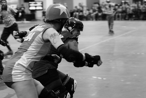 Suffra Jets vs Steam Rollers - London Rollergirls