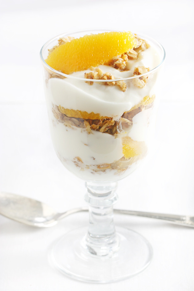 granola-parfaits-2