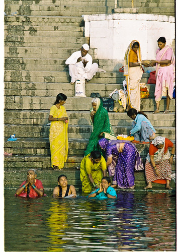 Cleaning all the sins with Holy water of the Ganges