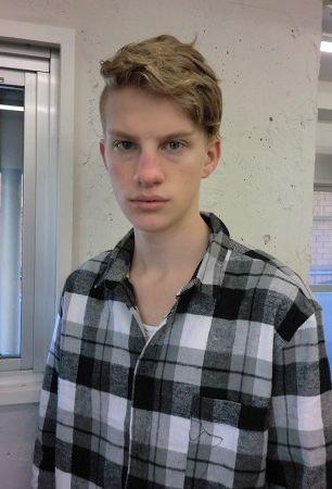 Nils B.0016(DONNA)