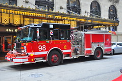 Chicago Fire Department Engine 98 (Triborough) Tags: chicago crimson illinois engine il firetruck fireengine cookcounty spartan cfd chicagofiredepartment engine98