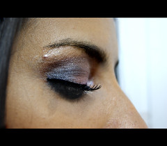 MAKE MAIARA (Samara Aline) Tags: people woman make eyes olhar makeup olhos maquiagem morena clios 2011 postios