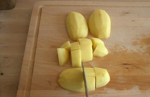 12 - Kartoffeln in Würfel zerschneiden