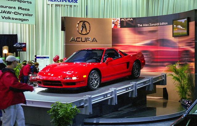 red film 35mm unitedstates michigan detroit 1999 olympusom1 naias detroitautoshow northamericaninternationalautoshow cobohall acuransx