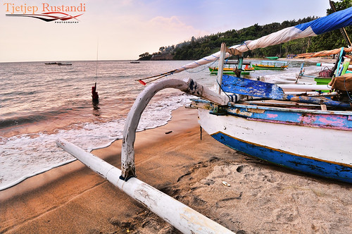 Senggigi, north of Bangsal