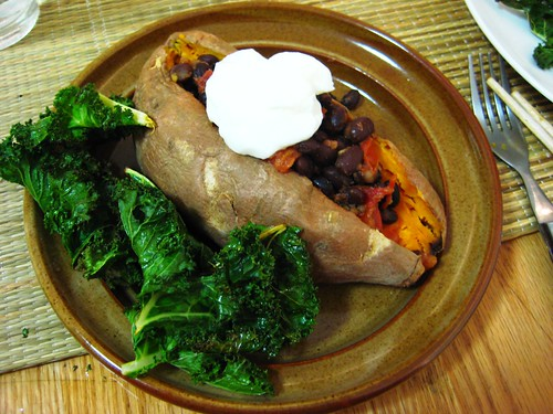 black bean stuffed sweet potatoes & kale chips