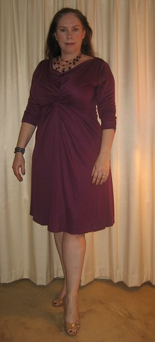 Tres Chic Dress in Plum