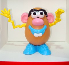 Mr. Potato Head (kopponigen) Tags: silly de mr head cara potato papa mister suitcase sr hasbro señor playskool armar caradepapa