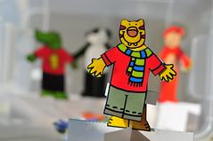 Kağıttan Kaplan / Paper Tiger (Atakan Eser) Tags: paper toy 50mm tiger kaplan evde oyuncak kağıt dsc0733 kağıttankaplan