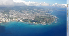 Diamond Head and Honolulu from the air (Hawaii) (Scrumptious Venus) Tags: statepark travel magazine hawaii pacific oahu diamondhead vista honolulu guide hawaiianbeaches windwardcoast southeastoahu paradisiacalbeaches lespritsudmagazine