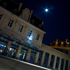 Gare de Charlevlile (tim_hxc) Tags: station canon de eos tim gare d ardennes 400 08 charleville manteau 08000 mezieres