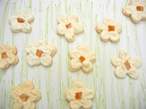 flower meringues