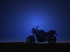 Missing (Rob de Hero) Tags: triumph speed triple speedtriple motorrad motorcycle motorbike spring frühling springtime road strasse landstrasse landstrase 955i t509