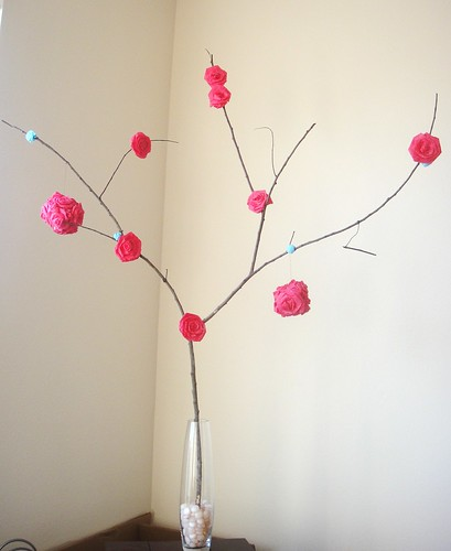 Crepe paper rose valentine's day tree