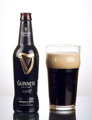 Guinness product shot (cdmalin) Tags: 20d beer glass canon 50mm bottle guinness pint product