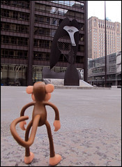 Facing the Dragon (Rigib) Tags: sculpture chicago canon monkey mono illinois powershot picasso macaco abe affe f40 g11 daleyplaza  mapa  bobbyjack  img0279 365toyproject mamadragon