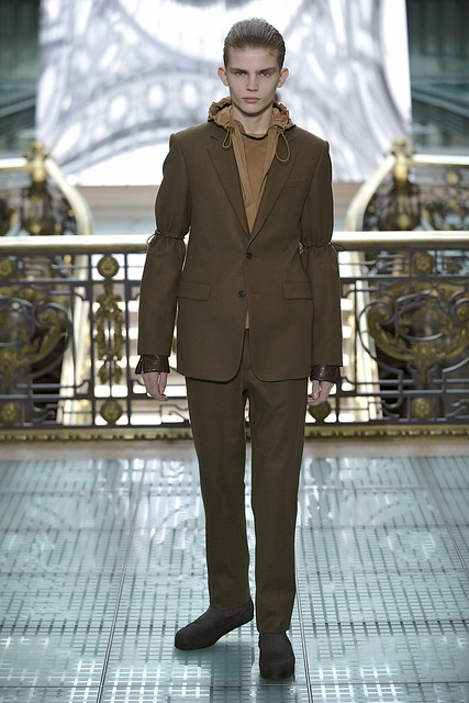 Timothy Kelleher3010_FW11_Paris_Wooyoungmi(Simply Male Models)
