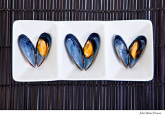 Mussels (john white photos) Tags: food 3 australian plate fresh meat placemat shellfish seafood mussels mussel southaustralia eyrepeninsula