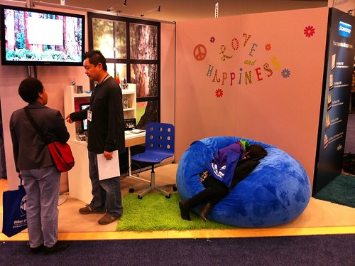 Sleeping at the ScanSnap booth