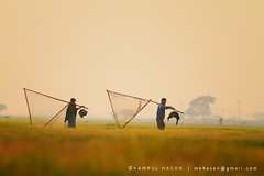 Call for Home (Kamrul - Hasan) Tags: two people net triangle dusk lifestyle bangladesh profession fishingnet livinglife