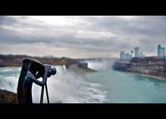Corny visits Niagara Falls (kroess.photo.) Tags: stilllife ny project bokeh niagara falls depthoffield vanderbilt corny