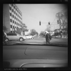 Morning at Green and Lincoln (Julio Barros) Tags: bw 120 film holga medium format develop