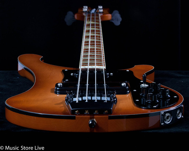 Rickresource Rickenbacker Forum • View topic - Sweet Walnut