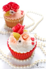 Be my Valentine! (Little Cottage Cupcakes) Tags: wedding red roses cupcakes anniversary peach valentines valentinesday littlecottagecupcakes