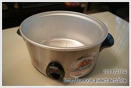 聲寶養生燉鍋4公升_02.JPG