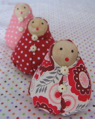 Trio * (Estefânia Zica) Tags: bonecas dolls handmade artesanal craft fabric tecido poá pettitpois feitoamão 3marias fanazica fanacoelho fanabezica lendavietnamita