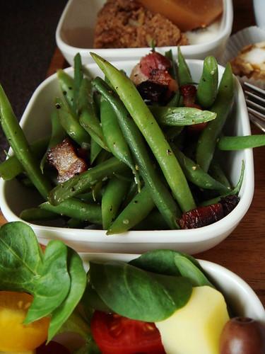 In-Flight Meal Fantasy: Pancetta Green Beans