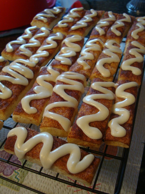 Easy Cinna-Sticks