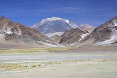 Incahuasi (6,641m) (Pikes On Bikes) Tags: chile mountain argentina america volcano south altiplano puna americadelsur incahuasi pasosanfrancisco pikesonbikes