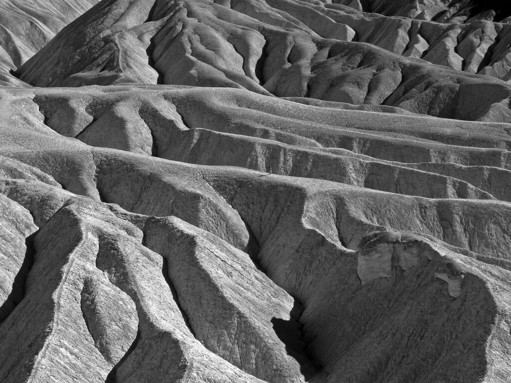 Lone Runner, Death Valley